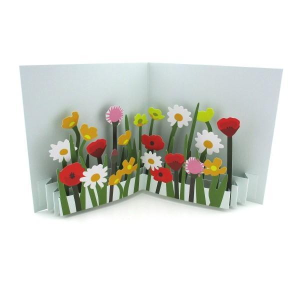 Pop-up-Karte mit einer Blumenwiese