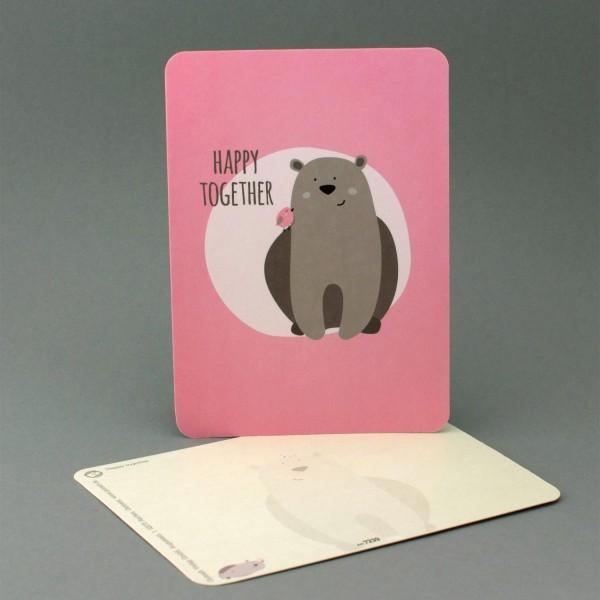 Postkarte Bär mit kleinem Vogel