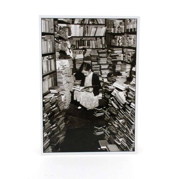 Postkarte Kleiner Bücherwurm